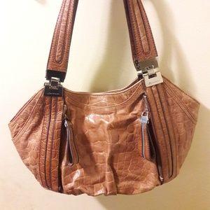 B Makowski light brown leather shoulder purse